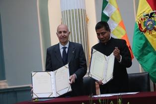 BOLIVIA: L'ITALIA PROMUOVE L'ACCESSO ALL'ACQUA NELLE AREE RURALI/ ACCORDO PER UN CREDITO D'AIUTO DI 25 MILIONI DI EURO