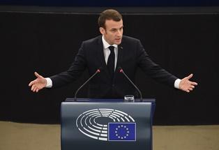 "AL PARLAMENTO UE EMMANUEL MACRON DIFENDE L'IDEA DI UNA ""SOVRANITÀ EUROPEA"""