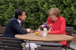 """CONTE A BERLINO INCONTRA LA MERKEL: """"LE FRONTIERE ITALIANE SONO FRONTIERE EUROPEE"""" – di Angela Fiore"""