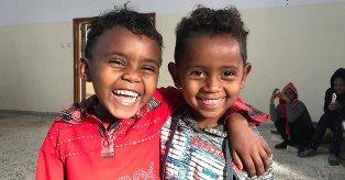 CONVOGLIO UNHCR RAGGIUNGE LE PERSONE SFOLLATE NEL SUD DELLA LIBIA