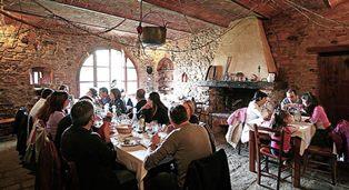 PASQUA: 300MILA ITALIANI A TAVOLA IN AGRITURISMO