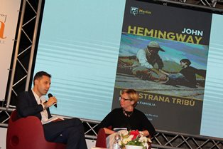 PREMIO PAPA A CAORLE: JOHN HEMINGWAY ANNUNCIA IL PROSSIMO TOUR LETTERARIO IN ITALIA