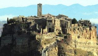 """VOLER BENE ALL'ITALIA: DA LEGAMBIENTE """"SCATTI DI FUTURO. VIAGGIO NELL'ITALIA DEI PICCOLI COMUNI CHE INNOVA"""""""