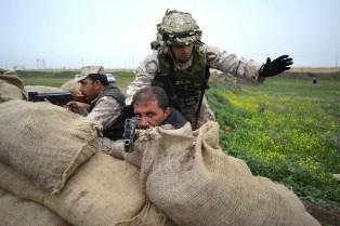 IRAQ: MILITARI ITALIANI ADDESTRANO LE KURDISH SECURITY FORCES
