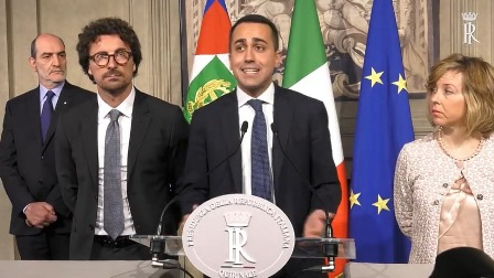 DI MAIO (M5S): GOVERNO POLITICO O SI TORNA AL VOTO