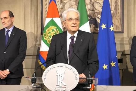 MATTARELLA: GOVERNO NEUTRALE O SUBITO AL VOTO
