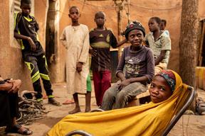 AUMENTANO I BAMBINI MIGRANTI ESPULSI VERSO IL NIGER: L'ALLARME DELL'UNICEF