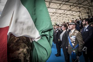 """PIROZZI E MUSI SU """"AFFARI INTERNAZIONALI"""": L'EUROPA CIVILE, LE MISSIONI UE E IL CONTRIBUTO DELL'ITALIA"""