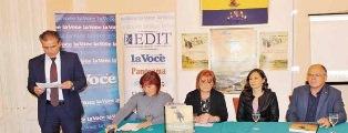 """""""POZDRAV IZ RIJEKE - UN SALUTO DA FIUME"""": A FIUME IL LIBRO/CATALOGO DELLE VECCHIE CARTOLINE FIUMANE"""