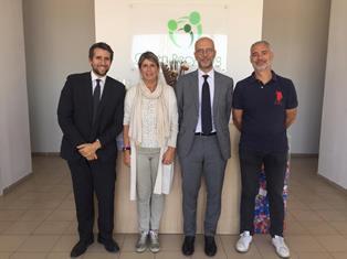 ALBANIA: L'AMBASCIATORE CUTILLO VISITA LO STABILIMENTO DI GREEN RECYCLING A KAMEZ