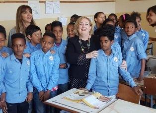 IL VICEMINISTRO DEL RE IN ERITREA: CALOROSA ACCOGLIENZA ALLA SCUOLA ITALIANA DI ASMARA
