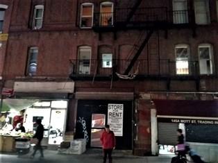 A NEW YORK, UNA CASA A MOTT STREET E IL RICORDO DEL NONNO - di Nicola Felice Pomponio