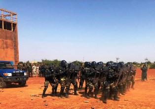 MISSIONE IN NIGER: TERMINA PRIMO CORSO DEI CARBINIERI PER GLI ISTRUTTORI DI ORDINE PUBBLICO