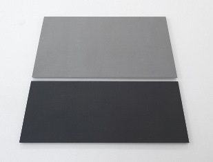 I GREY PAINTINGS DI ALAN CHARLTON A MILANO