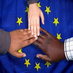 BRUXELLES: TROVATO ACCORDO PROVVISORIO SULLA RETE EUROPEA DI FUNZIONARI DI COLLEGAMENTO SULL