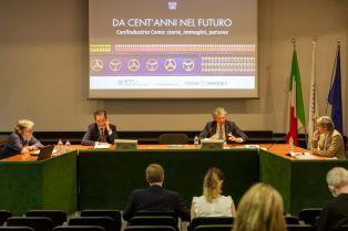 """CONFINDUSTRIA COMO: PRESENTATO IL LIBRO """"DA CENT'ANNI NEL FUTURO"""""""