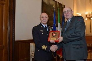 COOPERAZIONE MILITARE ITALIA – SVIZZERA. VECCIARELLI INCONTRA A ROMA PHILIPPE REBORD