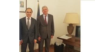 """RAI ITALIA/ IL SOTTOSEGRETARIO MERLO E VINCENZO DE LUCA (DGSP) OSPITI A """"L'ITALIA CON VOI"""""""