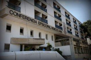 VENEZUELA: SALE LA TENSIONE/ ANCHE I VESCOVI SCENDONO IN CAMPO