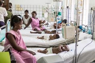 SIERRA LEONE CENTRO PEDIATRICO DI GODERICH: IL PROGRAMMA DI EMERGENCY FINANZIATO DALL'AICS