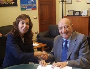DIRITTI DELL'INFANZIA E ISTRUZIONE: MIUR E UNICEF ITALIA FIRMANO PROTOCOLLO DI INTESA