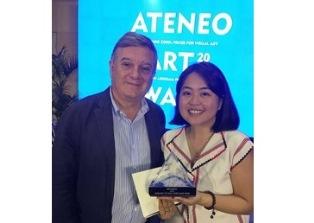 """MANILA: L'AMBASCIATA CONSEGNA IL PREMIO """"EMBASSY OF ITALY AWARD"""" AD UN'ARTISTA FILIPPINA"""