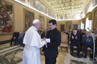 I MIGRANTI COSTRUISCONO UN PAESE, COSÌ COME HANNO COSTRUITO L'EUROPA: PAPA FRANCESCO AI MISSIONARI SCALABRINIANI