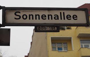 DALLA SIRIA A BERLINO: I RIFUGIATI CHE A SONNENALLEE SI SENTONO A CASA – di Rosanna Sabella