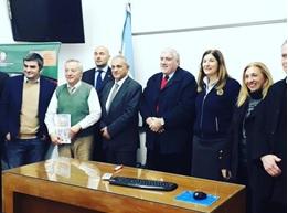 "BRANDI (PLURITALIA): SUCCESSO A LA PLATA PER IL LIBRO ""ITALIA & ARGENTINA. 10 ENSAYOS DE LA RELACIÓN BILATERAL"""