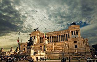 CITTÀ EUROPEE NELLA LETTERATURA: ALL'IIC DI LIONE SI PARLA DI ROMA