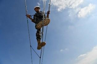 LIBANO: CORSI DI ALPINISMO PER LE LAF