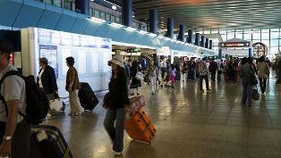 ARRIVANO DA USA AUSTRALIA E CINA I PASSEGGERI STRANIERI NEGLI AEROPORTI ITALIANI: I DATI ENIT