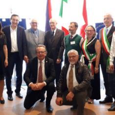 50° DELLA FAMIGLIA BELLUNESE DI LUGANO: LA SVIZZERA RICONOSCE IL VALORE DEGLI EMIGRANTI ITALIANI