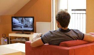 OGGI LA MARATONA TELEVISIVA SI CHIAMA BINGE WATCHING – di Nico Tanzi
